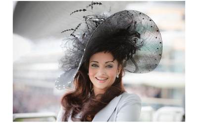 A guest at Royal Ascot showing off her headpiece